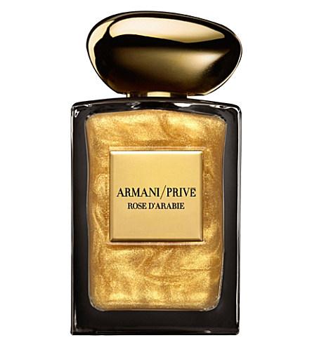 perfume com partículas de ouro