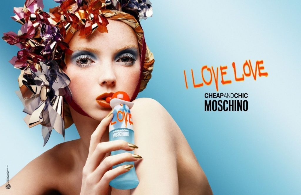 compre-aqui Moschino Cheap & Chic I Love Love Eau Toilette