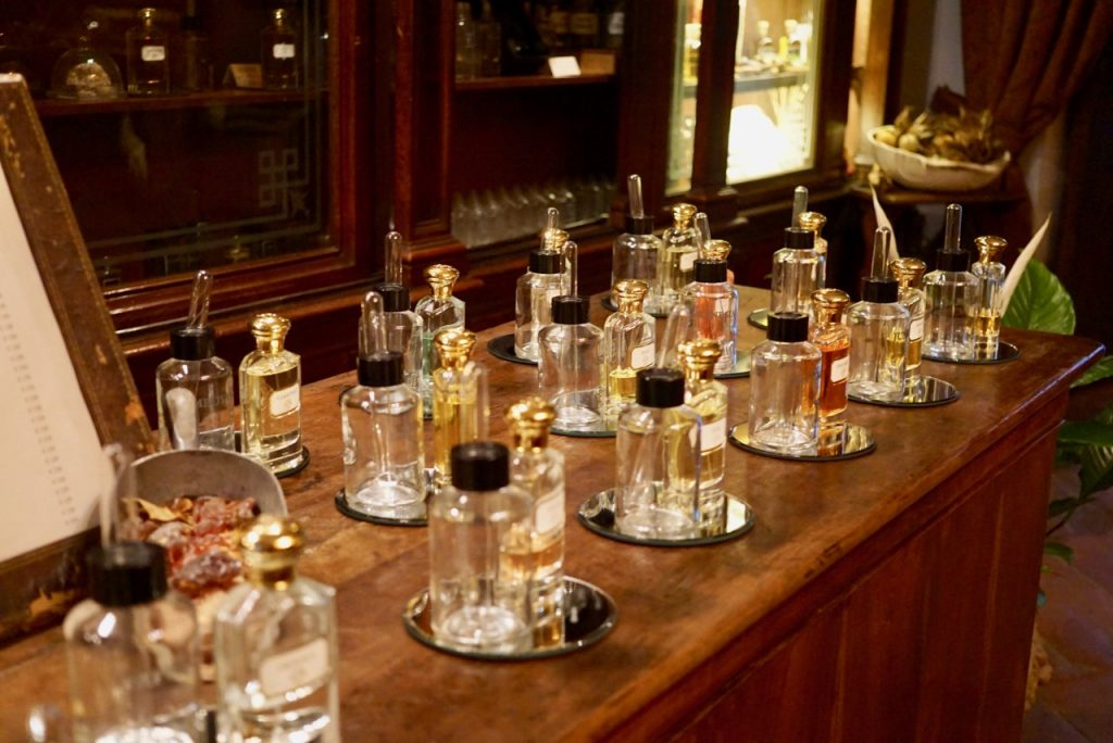 perfumes de nicho foto